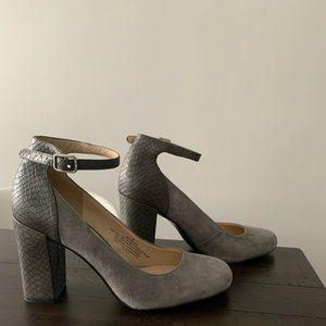 Nine West grey heels size 6